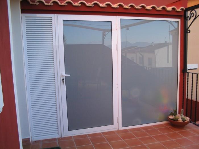 Carpinteria de aluminio y pvc carpinter a met lica crefer for Lavadero exterior
